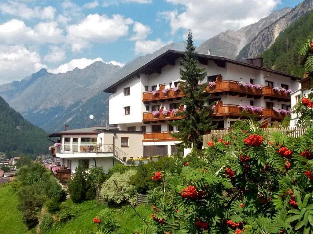 Hotel Sölden, Apartments, Zimmer, Ferienwohnungen, Hotel Fiegl