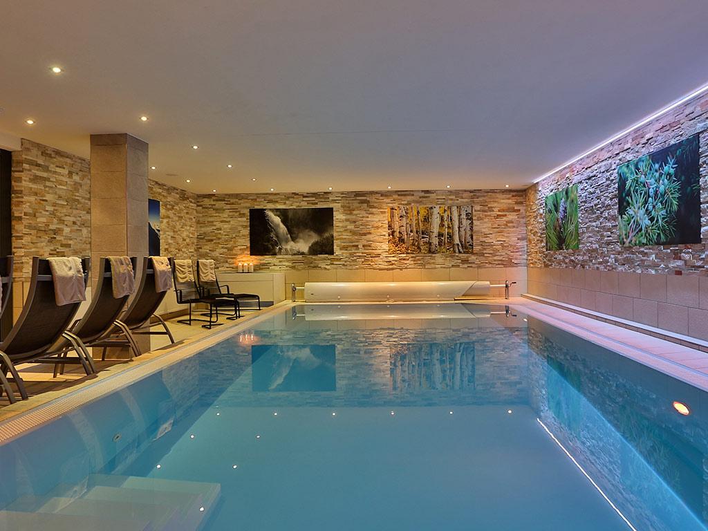 Hotel fiegl hotel s lden zimmer apartments in top lage von s lden for Hotel juist schwimmbad